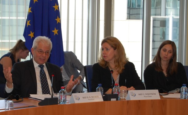 Left - MEP Heinz K. Becker (WGAS Co-chair, Austria, EPP) and middle -  MEP Cecilia Wiktröm (WGAS Co-Chair, Sweden, ALDE)