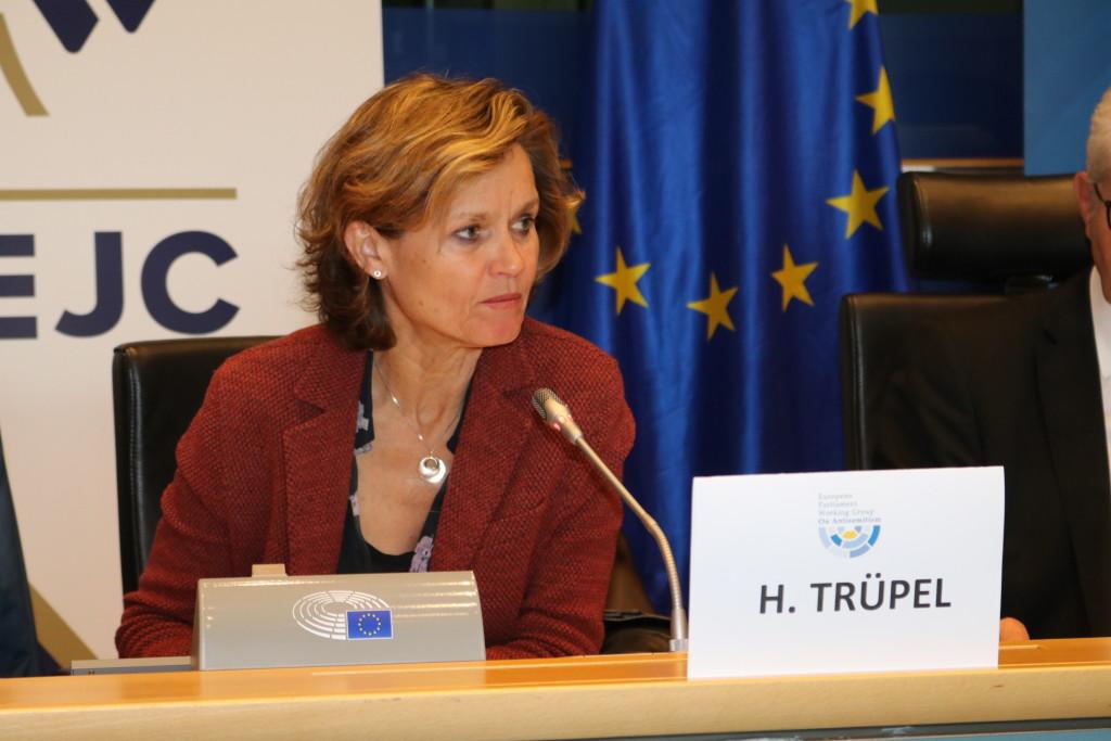 MEP Helga Trüpel WGAS Vice-Chair (Greens/Germany)